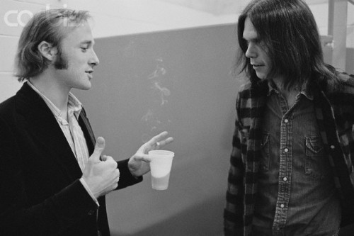 Stephen Stills & Neil Young back stage circa 1970: HOW much does Stills look like Owen Wilson??